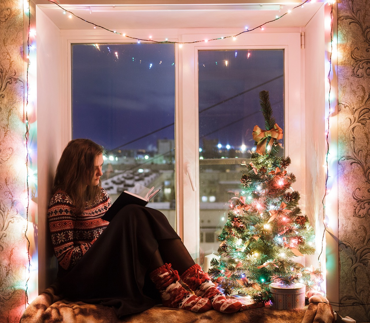 4 Ways we Sabotage Ourselves During the Holidays